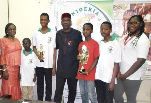 Minister recieves Nigeria Spelling Bee champions